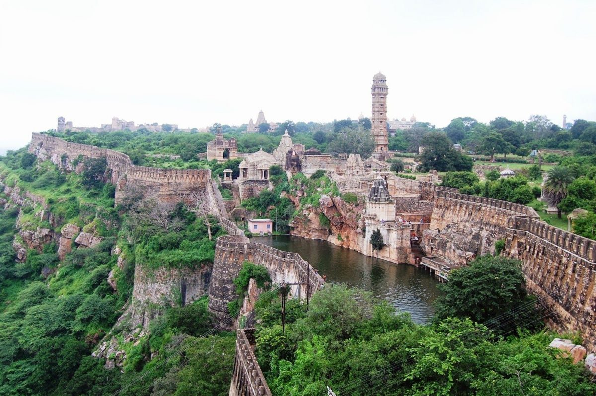 Explore the Beauty of South India by Rail Tour
